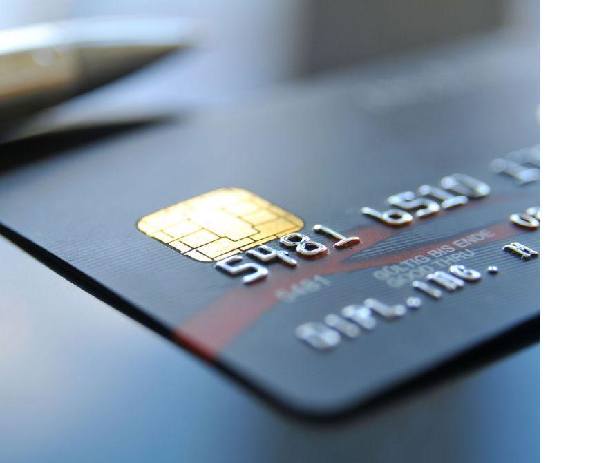 Заработную плату на банковскую карту