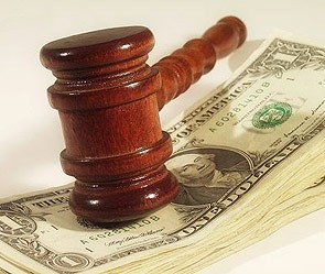Банк подает в суд за мошенничество